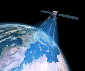 commincatin par satellite